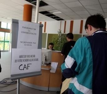 Qui veut payer les allocations familiales ? | Aide démarche et allocations CAF (non officiel) | Scoop.it