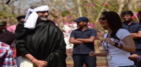 Satyagraha: Big B wonders about Kareena Kapoor's growing up so fast | Satyagraha | Scoop.it