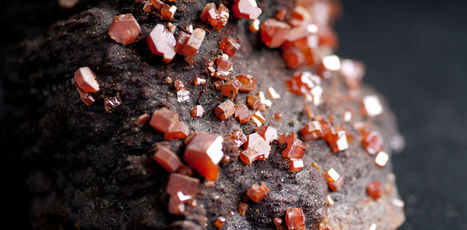 Vanadium: the 'beautiful metal' that stores energy | NERC media coverage | Scoop.it