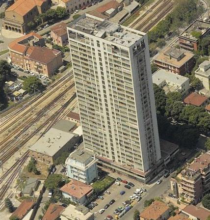 Da ecomostro a ecoicona. Per una riqualificazione energetica del grattacielo di Rimini.   Ecoarea Better Living   Scoop.it