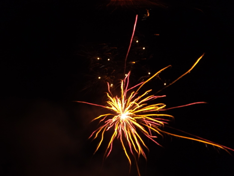 Firework Night - A Poem by Enid Blyton | Poetry | Scoop.it