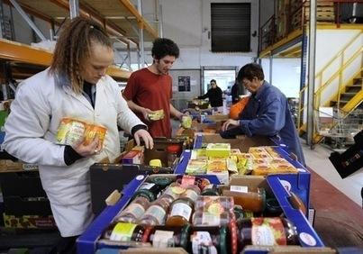 Les bénéficiaires de l'aide alimentaire se nourrissent mieux qu'avant - La Croix | Comportement alimentaire | Scoop.it
