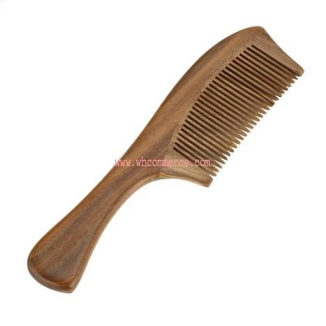 Wooden Comb | Cedar Wood Comb | Manufacturer of Wooden Comb | Exporter of Wooden Comb | Wooden Comb by Waseem Handicrafts | WHCOMMERCE | Wooden Home Decoration | Scoop.it