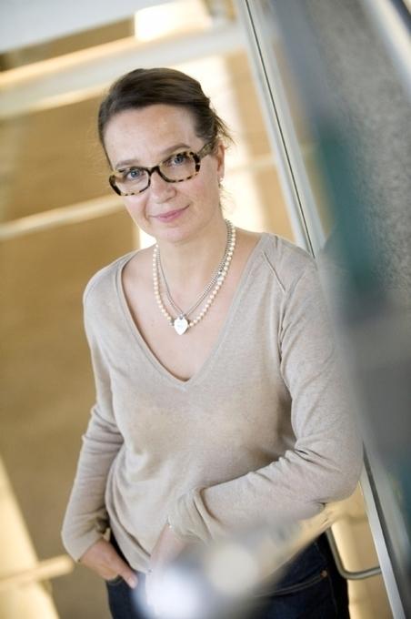 Anne Loïs : 'C'est le client qui nous éduque et...   Service client   Scoop.it