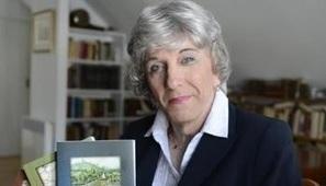 Pétition! Pour la remise d'un doctorat honoris causa à une historienne saguenéenne exceptionnelle | 16s3d: Bestioles, opinions & pétitions | Scoop.it