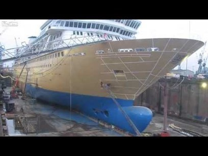Cruise Ship Cut in Half, Then Stretched 99 Feet 在半邮轮剪切 | staged | Scoop.it