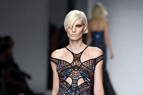 Haute couture été 2016 : Versace donne le pouvoir aux femmes fatales | INTERSTYLEPARIS  Fashion News | Scoop.it