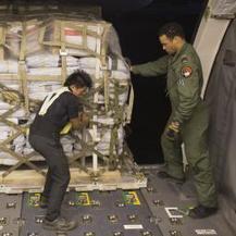 Hulpgoederen op weg naar rampgebied Filipijnen | internationale noodhulp | Scoop.it