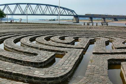 "Klaus van der Logt: ""The Water-Labyrinth"" | Art Installations, Sculpture, Contemporary Art | Scoop.it"