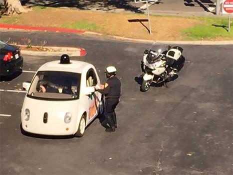 Ivre, il arrête une Google Car parce qu'elle roule trop lentement | Transformation & Innovation  Digitale | Scoop.it