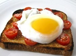 Poached Egg on Skinny Parmesan Tomato Garlic Toast | Losing Weight | Scoop.it