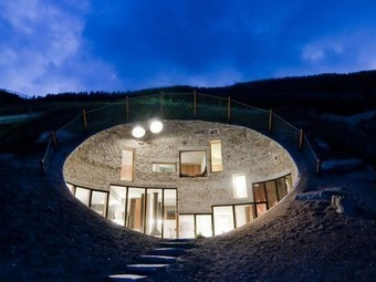 Hobbit Houses We Have Known: A Tour of Underground and Earth Sheltered Houses   'The Hobbit' Film   Scoop.it