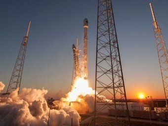 SpaceX just asked permission to launch 4,425 satellites — more than currently orbit Earth | Chief Technologist Cloud Strategy | Scoop.it