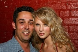 Music Industry Advice From Rick Barker (Taylor Swift's Former Manager) | ☊ ☊ Harmony60 Music ☊ ☊ | Scoop.it