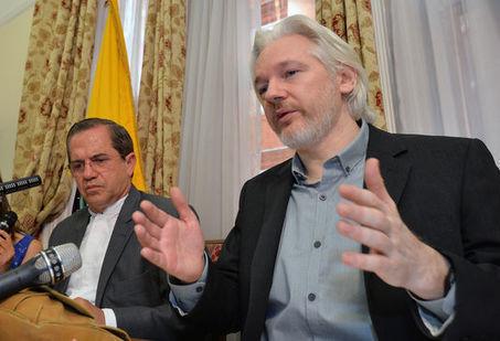WikiLeaks peut à nouveau recevoir des documents confidentiels | CRAKKS | Scoop.it