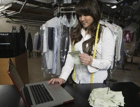 How Small Businesses Should Be Using Social Media   Emerging Media Topics   Scoop.it