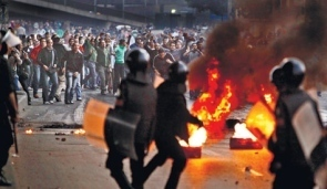 Death toll in Egypt protests reaches five as anti-government riots persist | Coveting Freedom | Scoop.it