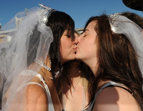 Gay websites for teens free