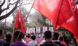 Bangladesh garment factories sack hundreds after pay protests | Occupational and Environment Health | Scoop.it