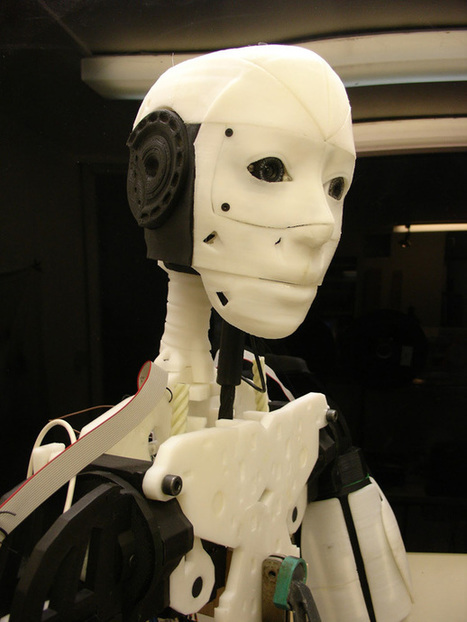 Le robot InMoov à imprimer en 3D chez soi | Pralines | Scoop.it