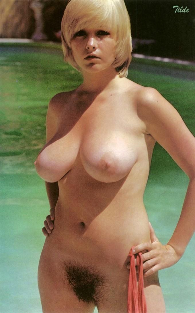 hairy female bodybuilders nude