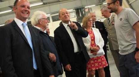 Le ministre de la Défense, Jean-Yves Le Drian, visite Armor Meca   Usinage - Décolletage   Scoop.it