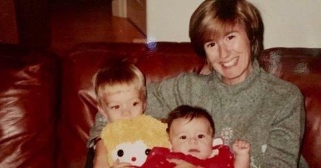Mother daughter lesbian webcam-4590