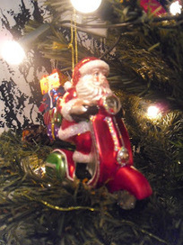 Santa loves Vespa! | Vespa Stories | Scoop.it