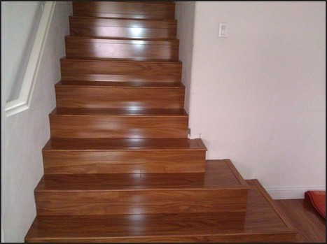 Replace Carpet on Stairs with Hardwood