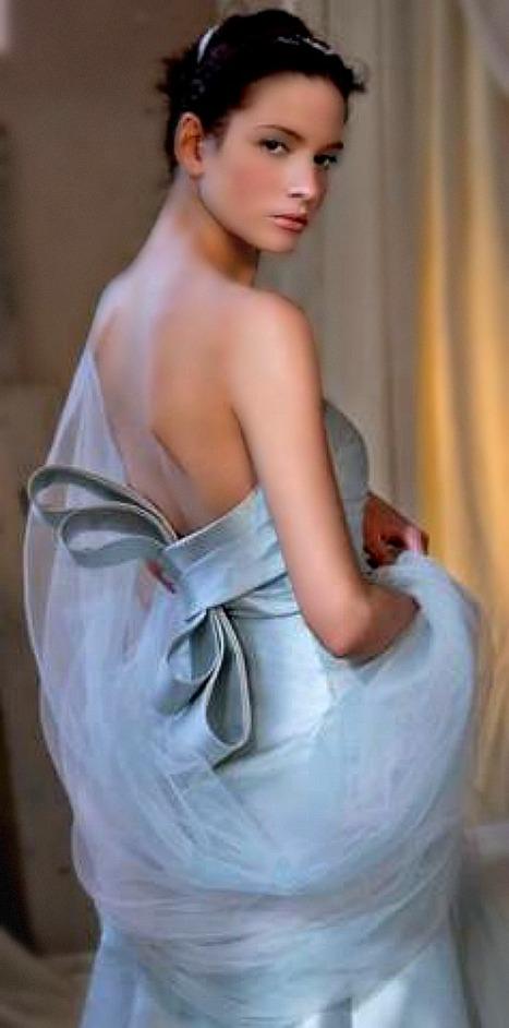 Stella Tayler - Wedding Dresses from Le Marche   Hideaway Le Marche   Scoop.it