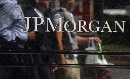 CRASH – JP Morgan échoue lamentablement à redorer son image sur Twitter   E reputation et réseaux sociaux   Scoop.it