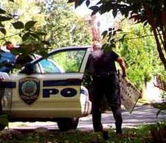 Hidden camera catches cop removing pro-gun sign - PoliceOne | Surveillance Products | Scoop.it