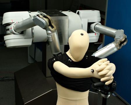 Le premier robot d'assistance pour s'habiller | Des robots et des drones | Scoop.it