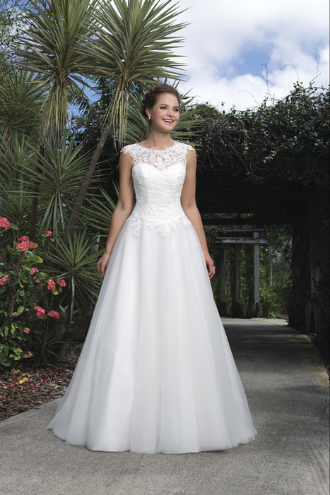 Sweetheart 6127 Mariages Bruidsmode Mariage