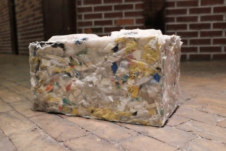 "ByFusion turns all types of ocean plastic into eco-friendly construction blocks (""RePlast upcycling"") 