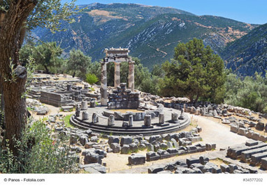 #Delphi, #Greece: The Center Of The World In The Ancient Times | travelling 2 Greece | Scoop.it