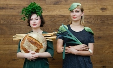 """Berlin duo launch a supermarket with no packaging (more sense than banning; bring own packaging"""") 