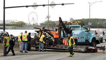 Lake Shore Drive reopens after flipped truck blocks traffic - Chicago Tribune | Social Network for Logistics & Transport | Scoop.it