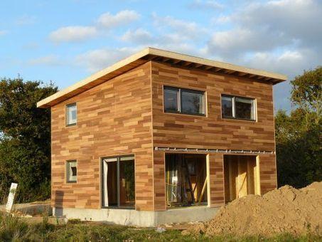 Ma maison en bois et zinc le r cit de for Construction bois zinc