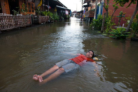Worst Flooding in Decades Swamps Thailand | Best of Photojournalism | Scoop.it
