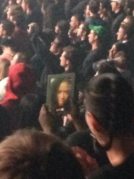 A Man FaceTiming with His Girlfriend During a Kanye West Concert | Unplug | Scoop.it