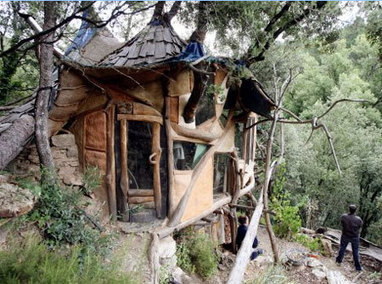 Autoconstruction : des cabanes dans les Cévennes | Macrophone | Scoop.it
