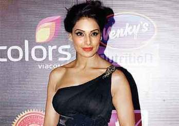 Breast cancer is neglected in India: Bipasha Basu - Entertainment - DNA | Breast Cancer News | Scoop.it