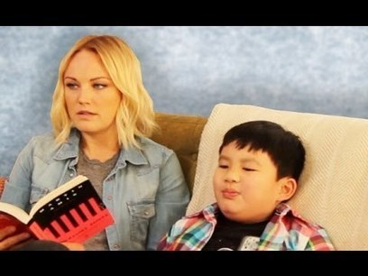 8 Things Every Parent Secretly Does - YouTube   Parentalité   Scoop.it
