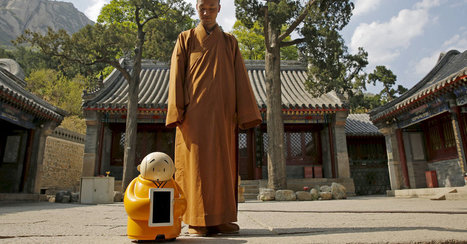 A Robot Monk Captivates China, Mixing Spirituality With Artificial Intelligence | Design to Humanise | Scoop.it