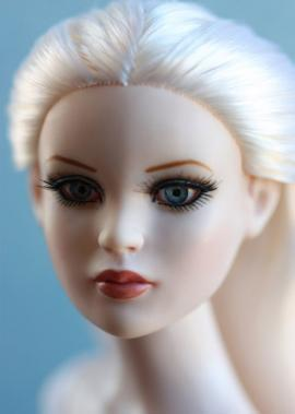 "Tonner Doll: Brand new fashion dolls for 2012 | Colliii - Doll Lovers Online | 16""Fashion dolls 