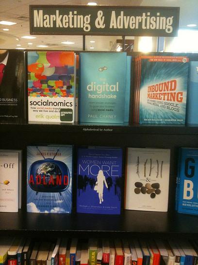 55 Libros gratis sobre Comunicación Marketing y Social Media   eduhackers.org   Scoop.it