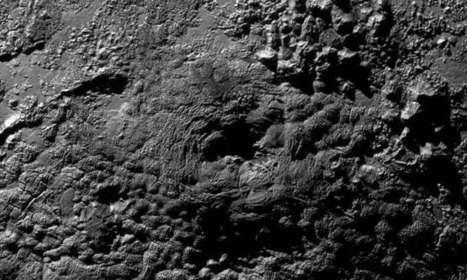 Pluto reveals more secrets   Era del conocimiento   Scoop.it