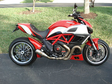 Ductalk Spotted on eBay | 2012 Ducati Diavel Custom with 460 miles | Ductalk Ducati News | Scoop.it