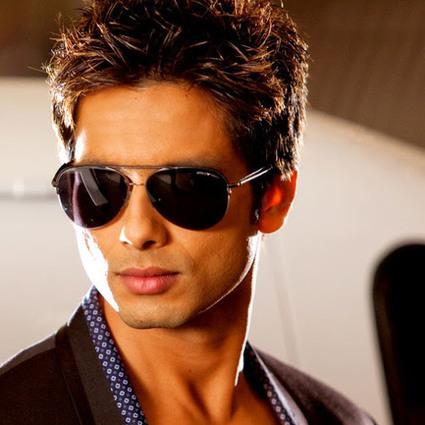 Badmaash Company hindi dubbed hd mp4 movies download